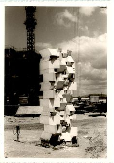 Musée des Sables, Port-Barcarès, França - 1969. #sergiocamargo #art #abstraction…