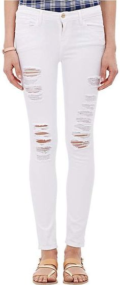 Handcrafted in Los Angeles, Frame Denim's Le Skinny de Jeanne white stretch-denim jeans are distressed at front with frayed-edge rips. Five-pocket style, logo-e White Ripped Skinny Jeans, White Distressed Jeans, Torn Jeans, Mid Rise Skinny Jeans, Super Skinny Jeans, White Denim, Slim Jeans, Jeans Pants, White White