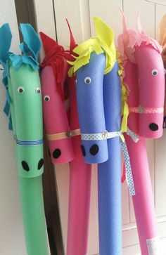 Poolnoodle horses! ! :)