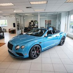 Nice blue color on this Bentley Continental GT Convertible Bentley Continental Gt Convertible, Volkswagen, Bentley Gt, Best Suv, Pontiac Bonneville, Top Cars, Future Car, Cool Trucks, Car Car