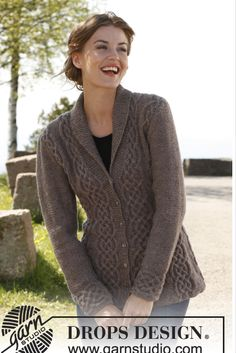 """Celtica - Knitted DROPS fitted jacket with cables and shawl collar in """"Lima"""". Size: S - XXXL. - Free pattern by DROPS Design Aran Knitting Patterns, Free Knitting, Finger Knitting, Scarf Patterns, Knitting Machine, Crochet Patterns, Drops Patterns, Knitting Ideas, Knit Cardigan Pattern"""