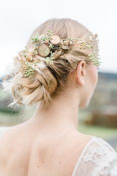 Rustic Chic: Forsthausliebe für eine romantische Herbsthochzeit von Nina Su Photography   Hochzeitsblog - The Little Wedding Corner