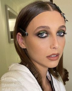 Emma Chamberlain, Cosmetic Bag, Makeup Looks, Cosmetics, Beauty, Color, Style, Swag, Colour