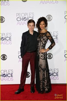 Hayden Byerly and Sherri Saum at the People's Choice Awards 2016 Foster Cast, Adam Foster, Foster Family, Tahj Mowry, Hayden Byerly, Chelsea Kane, Prom Suit, Teri Polo, Just Jared