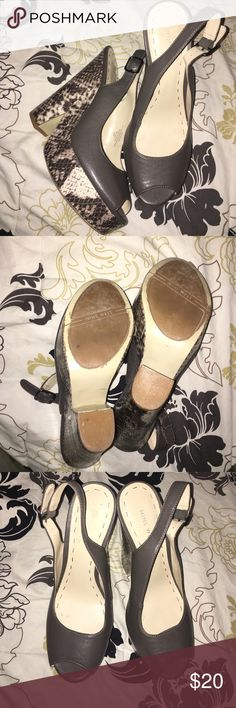 Nine West. Gray Snake Skin Heels Platform Peep Toe Very comfortable! 5 1/2 inch heels. Nine West Shoes Heels