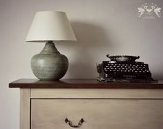 How to paint creamic lamp with ASCP http://bluerdesign.hu/blog/?p=2654