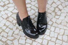 Oxford com salto da Zara http://www.justlia.com.br/2016/03/look-do-dia-vestido-quadriculado/