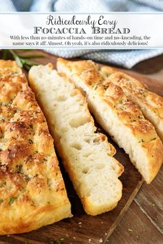 With less than of hands-on time, the name Ridiculously Easy Focaccia Bread says it all! It& also ridiculously delicious! Artisan Bread Recipes, Easy Bread Recipes, Baking Recipes, Scd Recipes, Skillet Recipes, Keto Postres, Do It Yourself Food, Bread Baking, Gourmet