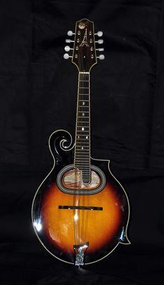 File:Paris Swing Samois Mandolin MS-130-SN.jpg - Wikimedia Commons