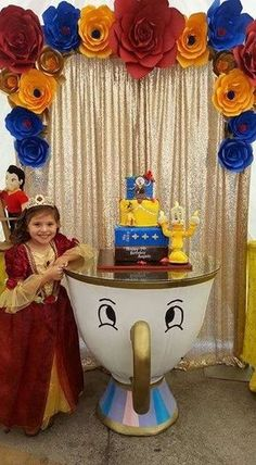 Beauty and the Beast Birthday Party Ideas Best for Little Girls. The story that tells physical appearance isn't important but the heart is. Beauty And Beast Birthday, Beauty And The Beast Theme, Beauty And The Best, Disney Beauty And The Beast, Princess Belle Party, Disney Princess Birthday, Festa Party, Birthday Party Themes, 3rd Birthday