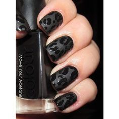 Vibrant aztec black leopard nails