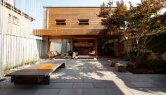 Courtyard house by Studio Junction
