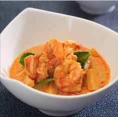 Red Curry with Prawns and Pineapple bursts with the sweet-tart flavour and the tender prawns that are cooked in red curry paste. Pair it with steamed rice for a perfect meal.