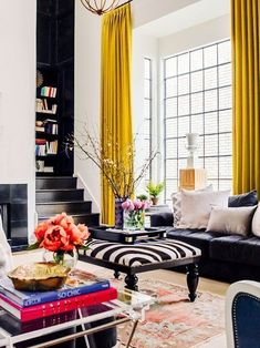 an eclectic living room - Eclectic Home Decor Eclectic Living Room, My Living Room, Home And Living, Living Room Designs, Living Room Decor, Living Spaces, Colorful Living Rooms, Design Salon, Home Design