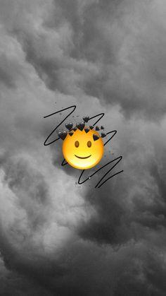 Emoji wallpaper iphone Ideas Screen Savers Iphone Quotes Heart For 2019 Simpson Wallpaper Iphone, Emoji Wallpaper Iphone, Cute Emoji Wallpaper, Cute Disney Wallpaper, Aesthetic Iphone Wallpaper, Trendy Wallpaper, Screensaver Iphone, Cellphone Wallpaper, Wallpaper Sky