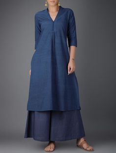 Blue V-neck Printed Cotton Kurta with Gathers