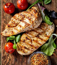 Grilled Chicken Fillets Vegetables Top View Stock Photo (Edit Now) 363348308 Healthy Summer Recipes, Healthy Eating Recipes, Healthy Snacks, Fresh Meat, Grilled Chicken Recipes, Yummy Snacks, Grilling Recipes, Entrees, Food And Drink