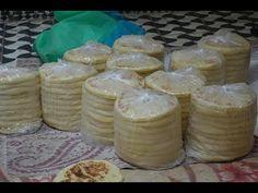 بطبوط(مخمار) بطريقة المحترفين مع طريقة الاحتفاض به في المجمد وأسرار حصرية على قناتي - YouTube Pains, Cheese, Youtube, Food, Moroccan Cuisine, Pastries, Meal, Eten, Meals