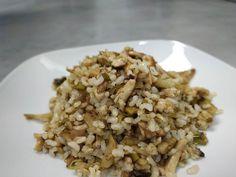 """Dieta sana con nutricionistas ha compartido una publicación en Instagram: """"🥘 ARROZ INTEGRAL CON POLLO Y ALCACHOFAS 🥘  ¿Queréis la receta de un plato de arroz que esté rico y…"""" • Sigue su cuenta para ver 1,801 publicaciones. Risotto, Grains, Rice, Favorite Recipes, Instagram, Diabetes, Ethnic Recipes, Food, Rice Bowls"""