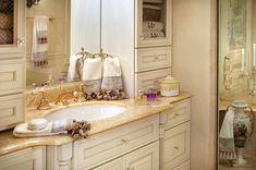 Luxurious Master Bathroom Design Ideas That You Will Love 21