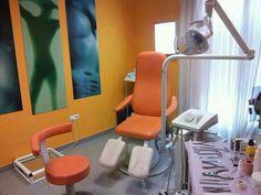 Imagen de una de la salas de podologia de Clinica Malai.