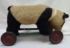 vintage Steiff Bear on Wheels