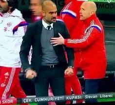 Ogromna złość Josepa Guardioli tuż po rzutach karnych w Superpucharze Niemiec • Reakcja trenera Bayernu Monachium po porażce z VFL >>