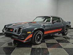 Chevrolet Camaro 1970, Camaro Iroc, Chevy Muscle Cars, Best Muscle Cars, Yellow Camaro, Car Mods, Sexy Cars, Custom Cars, Dream Cars