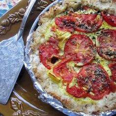 Rustic Tomato Pie with a Brown rice and cauliflower GF crust Vegetarian Soup, Vegetarian Recipes Dinner, Raw Food Recipes, Veggie Recipes, Healthy Recipes, Veggie Food, Vegan Foods, Vegan Snacks, Vegan Lunches