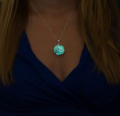 ✧ Epic Glows - Glow in the Dark Jewelry ✧ Looking for something unique? This is it! :) This is a beautiful, silver plated rose shaped pendant which