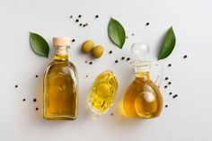 Olives oil on tables with leaves and oli... | Free Photo #Freepik #freephoto #food #nature #health #leaves What Are Essential Oils, Best Oils, Black Seed, Seed Oil, Natural Oils, Hot Sauce Bottles, Pin Collection, Free Food, Ideas