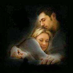 ღ❤ღೋ•Sentir el roze,de tu cuerpo cerca del mio es un sueño real,eres La frangancia que roza mi piel,mis dias se acortan junto a ti,acaricio cada momento con la dulsura de mi Amorhaci nuestros sueños se juntan son uno solo como tu y yo Amore mio • • `