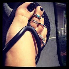 I adore toe rings <3