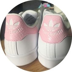 Adidas Stan Smith GS blanc Cloud Rose Juniors femmes Girls Snakeskin  Trainers\u2026