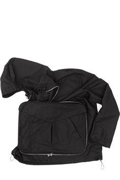 Transforming the bag. #frombagtojacket #bag #jacket #multifunctional #products #design #lifestyle #hitech #citylife