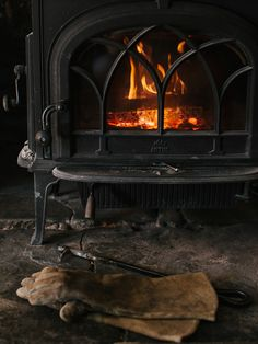Warm and Cozy by the Wood-burning Stove Plus Que Parfait, Woodlands Cottage, Estilo Country, Bear Mountain, Aging Wood, Herd, Cabins And Cottages, Cozy Cabin, Winter Cabin