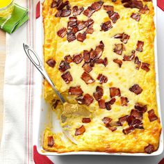 Baked Two-Cheese & Bacon Grits Recipe -In the South, everyone loves three things: bacon, cheese and grits! After playing around with this recipe, I took it to my first family party as a newlywed and it was a huge hit. Church Potluck Recipes, Brunch Recipes, Brunch Ideas, Potluck Dishes, Dessert Recipes, Party Recipes, Pasta Dishes, Dinner Ideas, Dinner Recipes