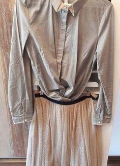 Kaufe meinen Artikel bei #Kleiderkreisel http://www.kleiderkreisel.de/damenmode/knielange-rocke/147713414-super-paket-preis-tullrock-mit-chicer-bluse-perlenknopfen