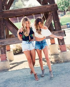 Jojo Fletcher When somehow dating the same guy led to becoming best friends... (P.S this is our rendition of the B spears Crossroads cover)