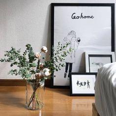 とにかく可愛い《コットンフラワー》。素敵なお宅の「飾り方」を集めてみました♪[2ページ目] | キナリノ Interior Styling, Interior Decorating, Natural Life, New Room, Decoration, Reception, New Homes, Bouquet, Green