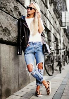 How to Chic: FASHION BLOGGER STYLE - VICTORIA TORNEGREN