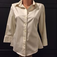 Banana Republic cream button down Great like new condition. Only worn once or twice. Banana Republic Tops Button Down Shirts
