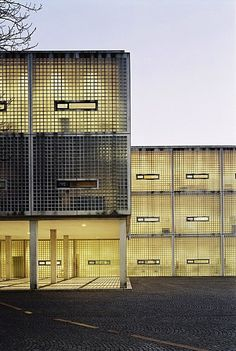 Wiel Arets, Academy of Architecture, Maastricht