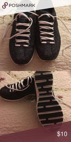 Skechers elite Memory Foam sneakers Gently used Skechers elite Memory Foam sneakers.  They are in great shape. They have been worn a few times. Skechers Shoes Sneakers