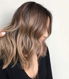 Long Wavy Ash-Brown Balayage - 20 Light Brown Hair Color Ideas for Your New Look - The Trending Hairstyle Ombre Hair, Hair Color Balayage, Blonde Balayage, Hair Highlights, Blonde Ombre, Color Highlights, Bayalage, Brown Balayage, Brown Blonde Hair