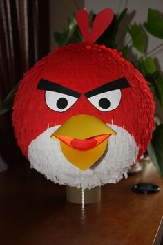PINATA, PINIATA ANGRY BIRDS Cumpleaños Angry Birds, Festa Angry Birds, Bird Birthday Parties, Birthday Decorations, Easter Crafts, Christmas Crafts, Crafts To Do, Diy Crafts, Egg Shell Art