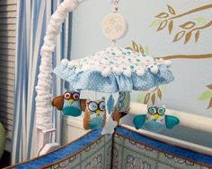 LOVE the DIY #owl #mobile with Caden Lane fabrics! So cute!