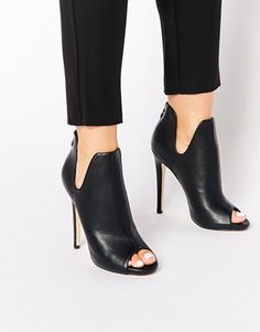 Image 1 - Truffle Collection - Rita - Bottines peep toes à talons - Heeled Shoes High Heel Boots, Shoes Heels Boots, Heeled Boots, Bootie Boots, Ankle Boots, High Heels, Shoes Sandals, Women's Booties, Heeled Sandals