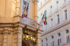 Accommodation recommendations for hotels, AirBnb options and casa particulars for travelers wondering where to stay in Havana. This travel guide also covers Cuban cuisine and popular restuarants as well.