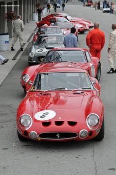 The Great Charm of Vintage Cars - Popular Vintage Old Vintage Cars, Vintage Racing, Vintage Cups, Vintage Ideas, Old Race Cars, Ferrari Car, Motor Car, Motor Sport, Train Car